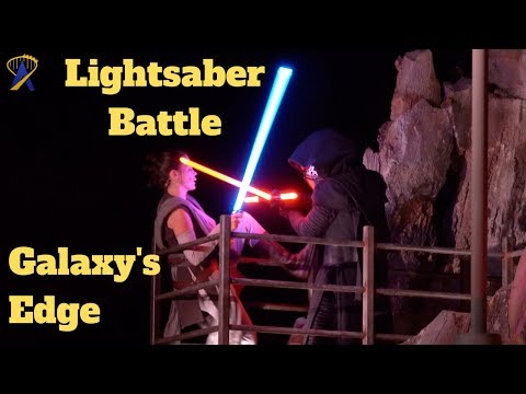 The Theme Park Podcast - Lightsaber Battle Helps To Open Star Wars: Rise Of The Resistance