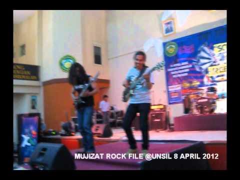 MUJIZAT Rock - Rodeo @Unsil Tasikmalaya 2012