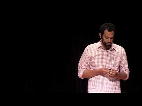 Reformas habitacionais e transformação social | Fernando Assad | TEDxLaçador