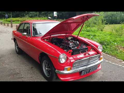 MGB GT 1.8 1977 (Chrome Bumper Conversion)