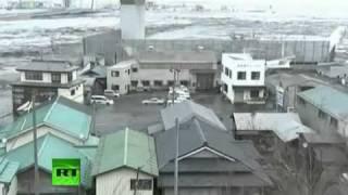 Latest Video Earthquake and tsunami smashing ships, homes, cars,
