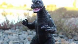 Godzilla & Mothra: Loving Kaijus Ep 11
