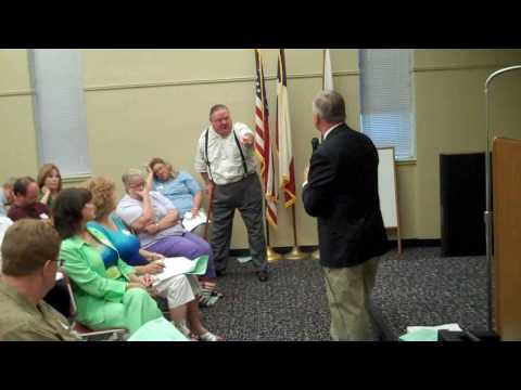 Gene Green Town Hall 08192009 Question Obama Citizenship