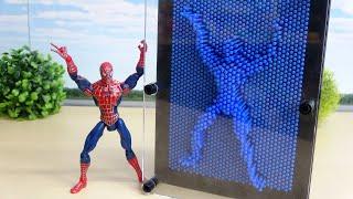 Spiderman Hulk Superhero VS Pinart スパイダースとピンアート 型作りで遊ぶ