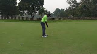 Latihan chipping dan Putting di Labersa Golf Course Pekanbaru / Видео