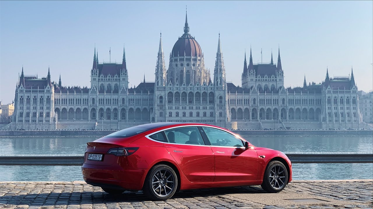 Az első Tesla Model 3 Magyarországon 🇭🇺🚘
