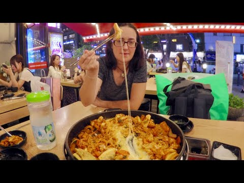 Cheesy Dak-galbi (닭갈비) Korean Fried Chicken And Fish Cakes With Sausage Seoul Gay Family Eating Show