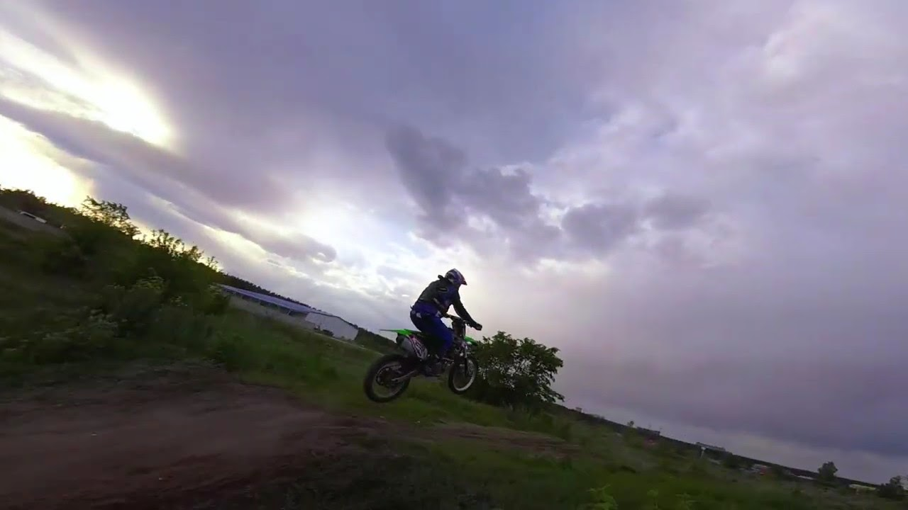 Motocross from FPV drone. As close as possible! картинки