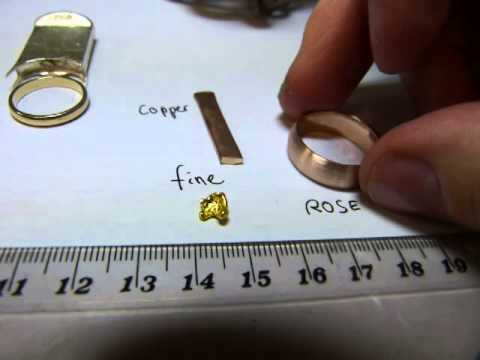 What color is white gold jewellery at home