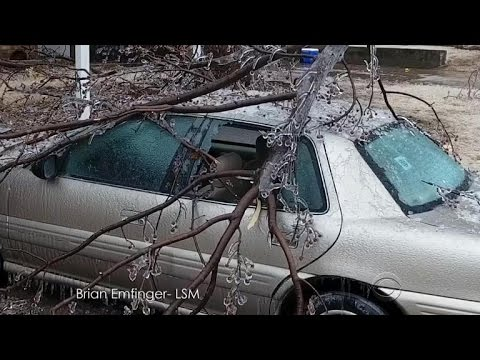 Heavy ice storms and tornadoes hit central U.S.