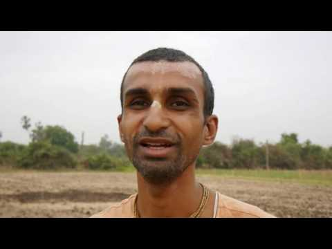 Damodar Prabhu explaining natural ways of farming in Nandagram (Gujarat)