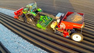 "[""Deutz-Fahr Agrotron"", ""Planter"", ""Deutz AG (Business Operation)"", ""Deutz-Fahr (Business Operation)"", ""Sowing"", ""Tractor"", ""Farmer"", ""Hack"", ""fijnaart bv"", ""tractorspotter"", ""7250 ttv"", ""miedema"", ""dewulf"", ""breure"", ""new holland"", ""dinteloord"", ""Row Cro"