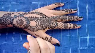Simple Mehndi Design for Beginners - Floral Henna Designs on Hand
