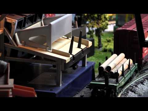 LIONEL LOG LOADER AND SAWMILL