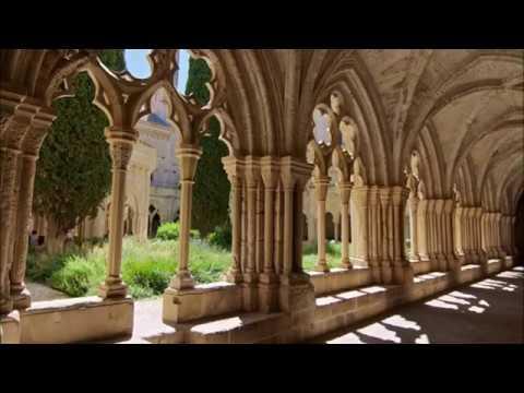 Places to see in ( Tarragona - Spain ) Real Monasterio de Santa Maria de Poblet