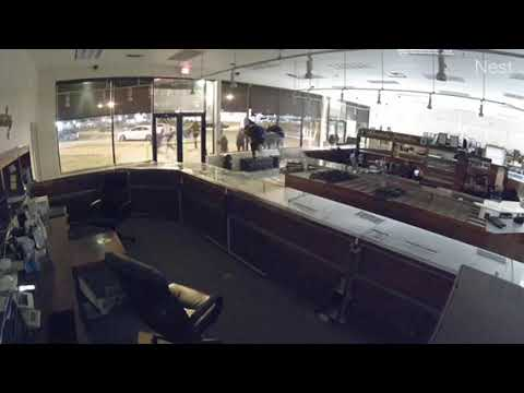 VIDEO: Watch Burglars Smash Their Way Into Route 46 Jewelry Market, Then Flee Empty-Handed