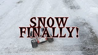 Losi LST XXL 2 Gas Monster Truck in the SNOW!