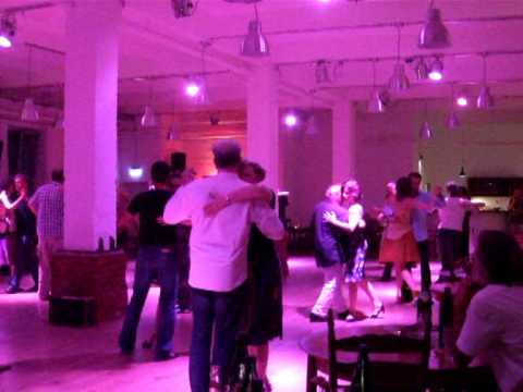 after work milonga im el abrazo hamburg 31 juli 2013 dj b rbel youtube. Black Bedroom Furniture Sets. Home Design Ideas