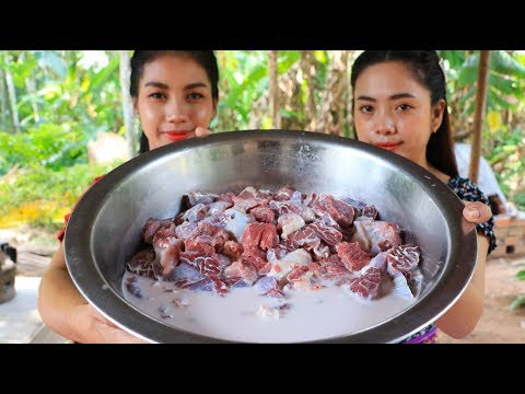 Yummy cooking curry beef with coconut recipe - Natural Life TV