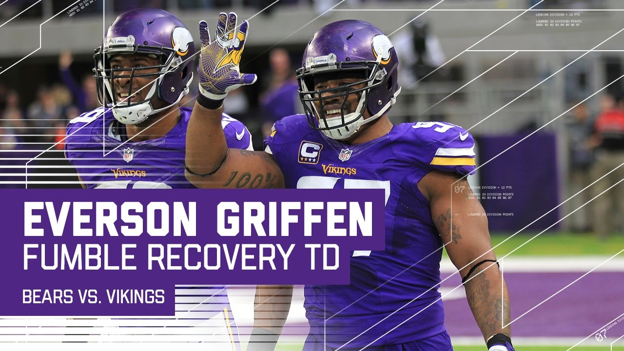 Everson Griffen Returns Matt Barkley s Fumble for a TD