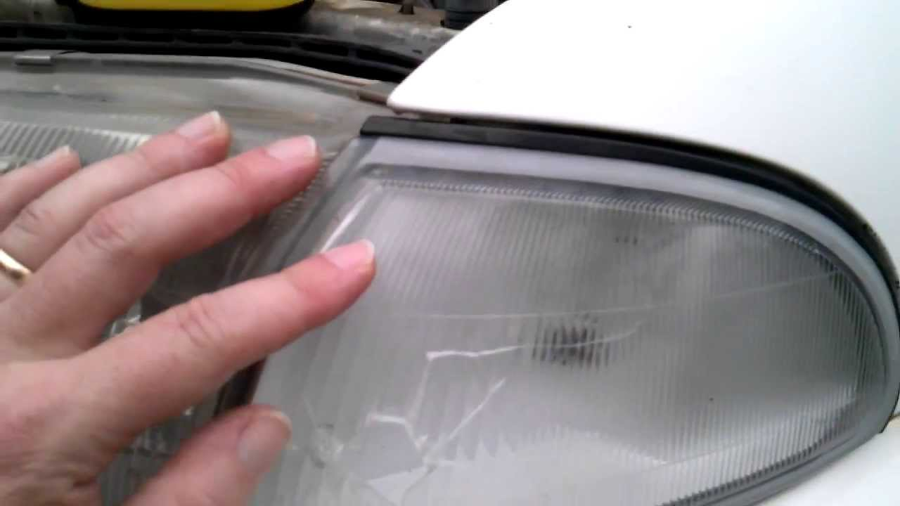small resolution of side marker light bulb access on 1996 geo prizm
