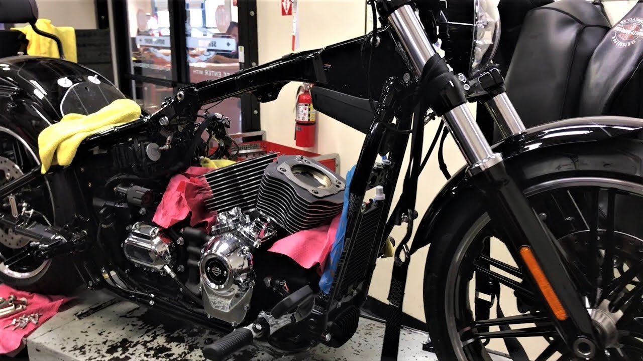 harley davidson stage iv kit for 2018 softails 114 117 build test ride and guide [ 1280 x 720 Pixel ]