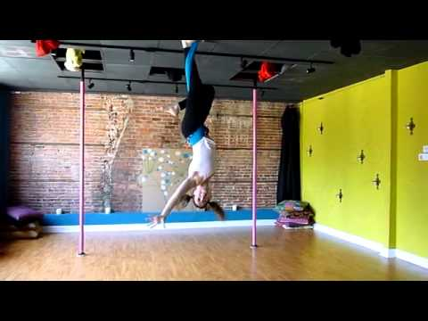aerial hammock routine to   circus     flight risk aerial silks    youtube aerial hammock routine to   circus     flight risk aerial silks      rh   youtube