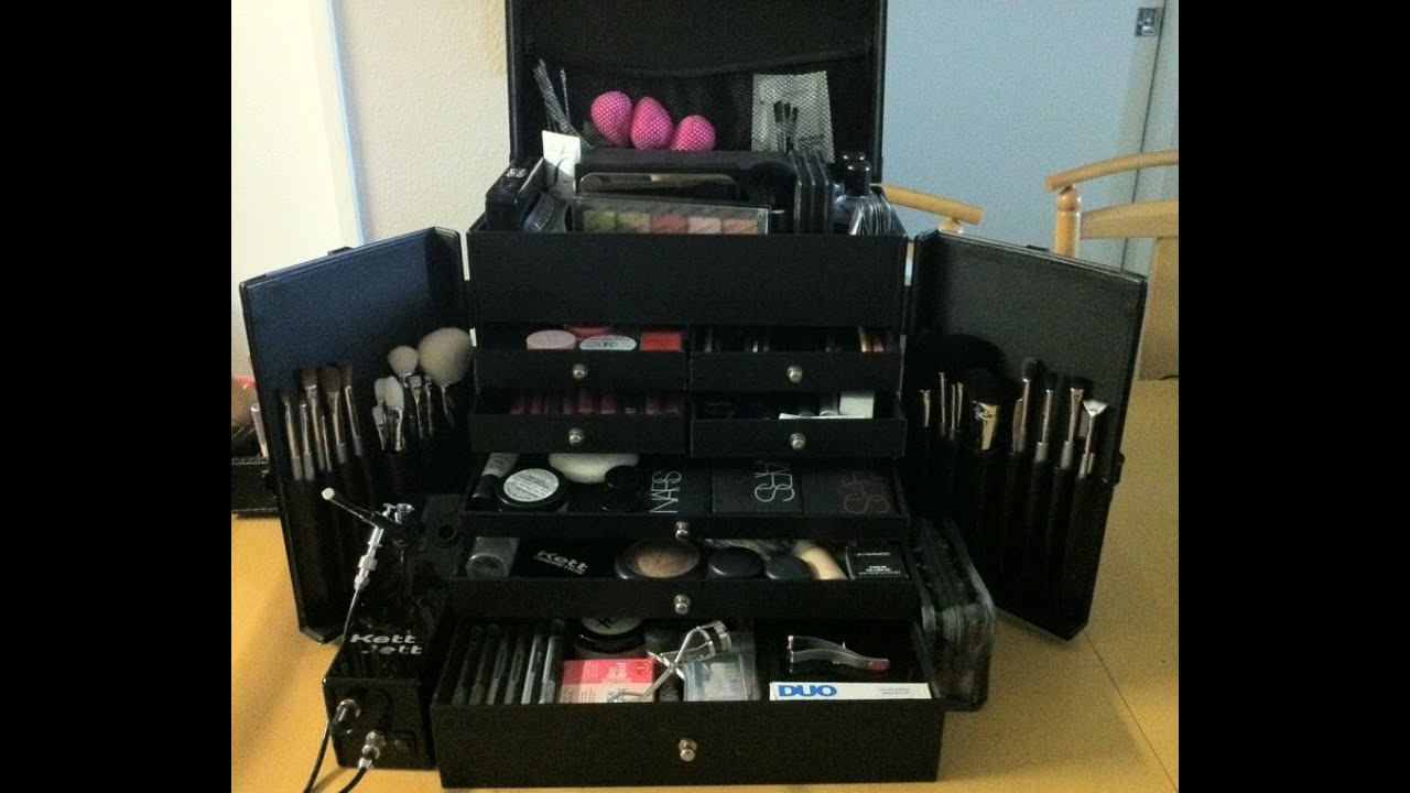 Japonesque Pro Studio Case: Professional Makeup Kit and ...