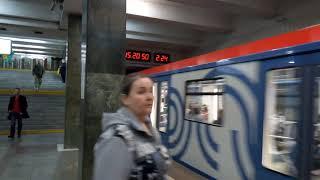 Смотреть видео Москва 333 станция метро Преображенская площадь, БЦ Прео-8, театр Моссовета лето день онлайн
