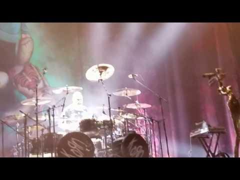 Korn - Drums & Bass solo Ray Luzier ft Tye Trujillo Live Bogota 2017 04 17
