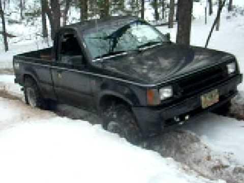 Mazda B2600 climbs hill - YouTube