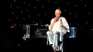 Dionne Warwick in Manchester 6th Oct 2015  Taking her shoes off !