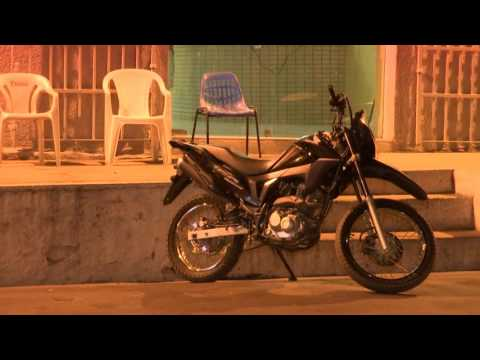 CAXIAS: Assaltantes armados roubam moto próximo à entrada do balneário Veneza