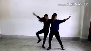 dance on gf bf video song jacqueline fernandaz sooraj pancholi by two grils
