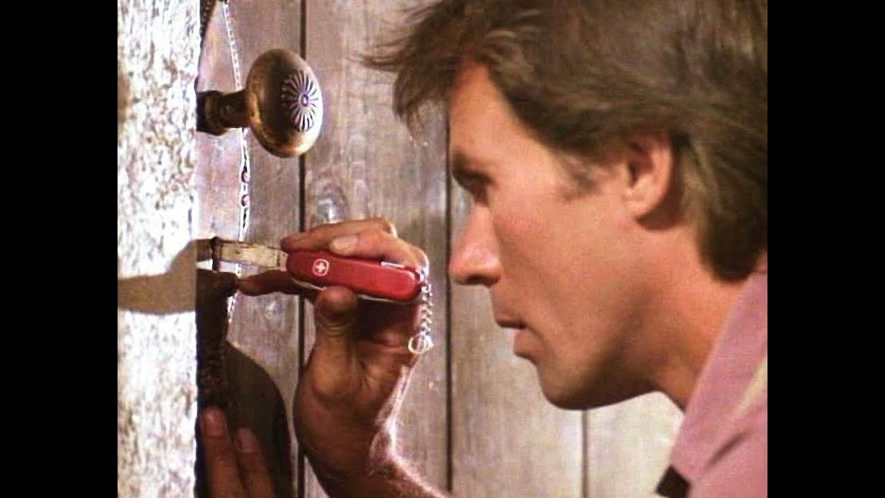 Image result for macgyver 1985