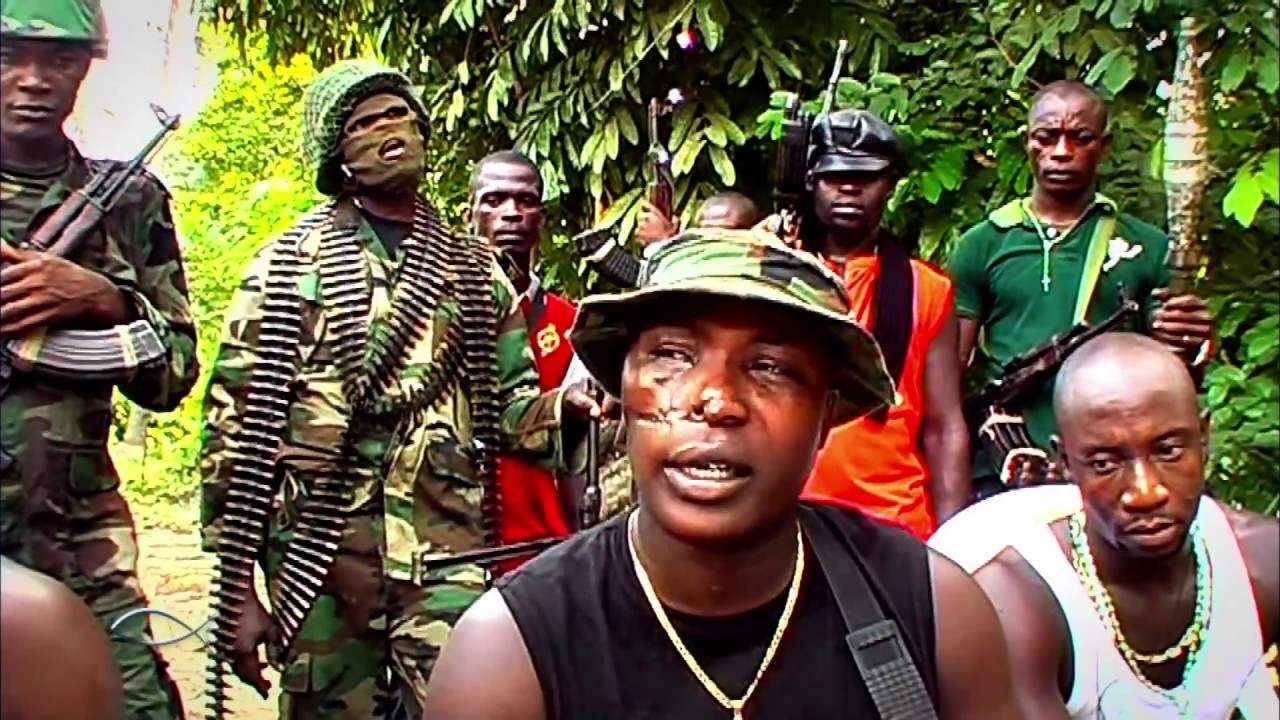 Download À l'abordage des pirates du Golfe de Guinée (reportage complet)