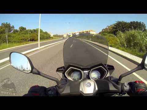 Yamaha X-Max 125 Testdrive & Review!