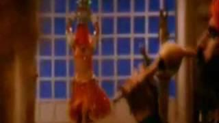 Madhuri Dixit the Dancing LEGEND!