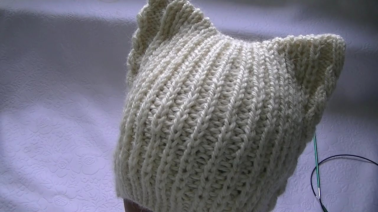 Hand-knitting of a hat with cat\'s ears. - YouTube