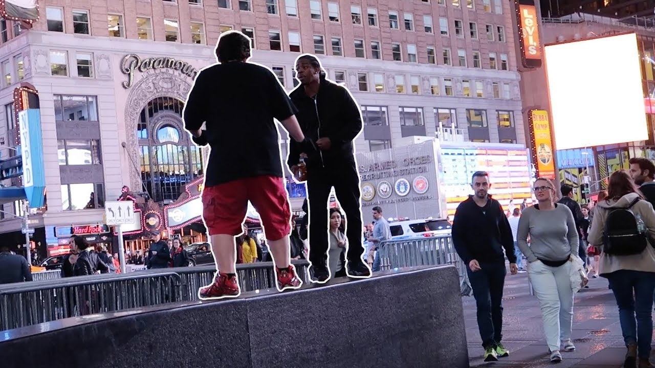 he-almost-got-into-a-flght-in-nyc-times-square