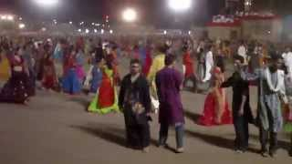 """MAA"" Aarkee Garba 2010 (Live) - Venu Vagadto, Nahi Jau Re Jamuna Na Panida..."