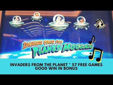 INVADERS FROM THE PLANET MOOLAH SLOT * 57 FREE GAMES * GOOD WIN IN BONUS - SunFlower Slots