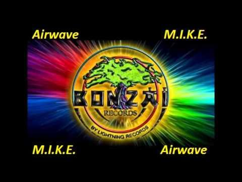 M.I.K.E. vs Airwave