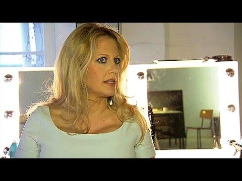 Barbara Schöneberger: Hübsch und modemutig ! - YouTube