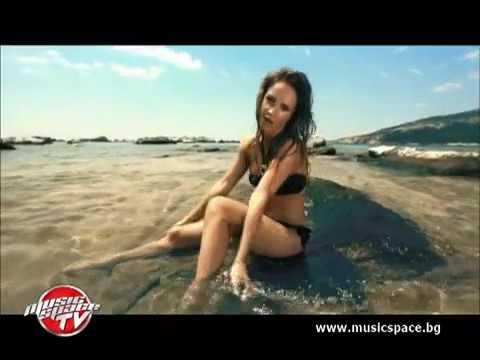 Музикалната кариера на Лора Караджова