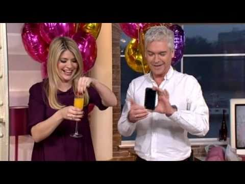 Holly Willoughby's 30th Birthday on This Morning with tears - 10th February 2011