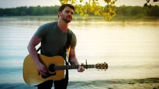 Смотреть клип Dylan Scott - Makin This Boy Go Crazy