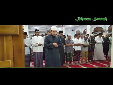 Suara Merdu Imam Asal Aceh - Ustadz M Fayzil