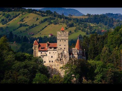 Castelul Bran - Bran Castle  - Dracula's Castle In Transylvania