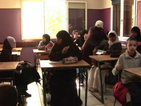 Islamic faith schools keep veil in French classrooms